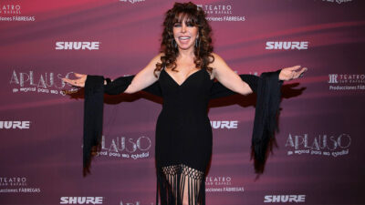 Selena le hizo tremendo regalo a Verónica Castro luego de una entrevista