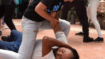 Hombre es golpeado por su expareja y se viraliza en redes