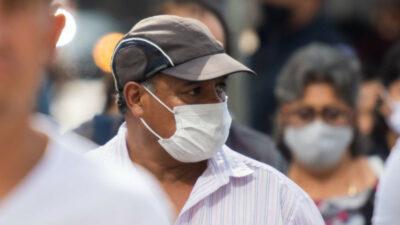 López-Gatell recomienda uso de cubrebocas aún vacunados; no es como en EU, afirma