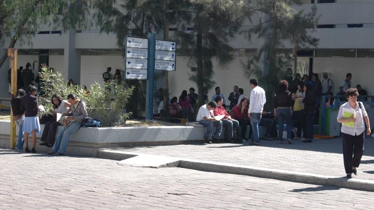FES Aragón separa a maestro denunciado por acoso a alumnas de Arquitectura