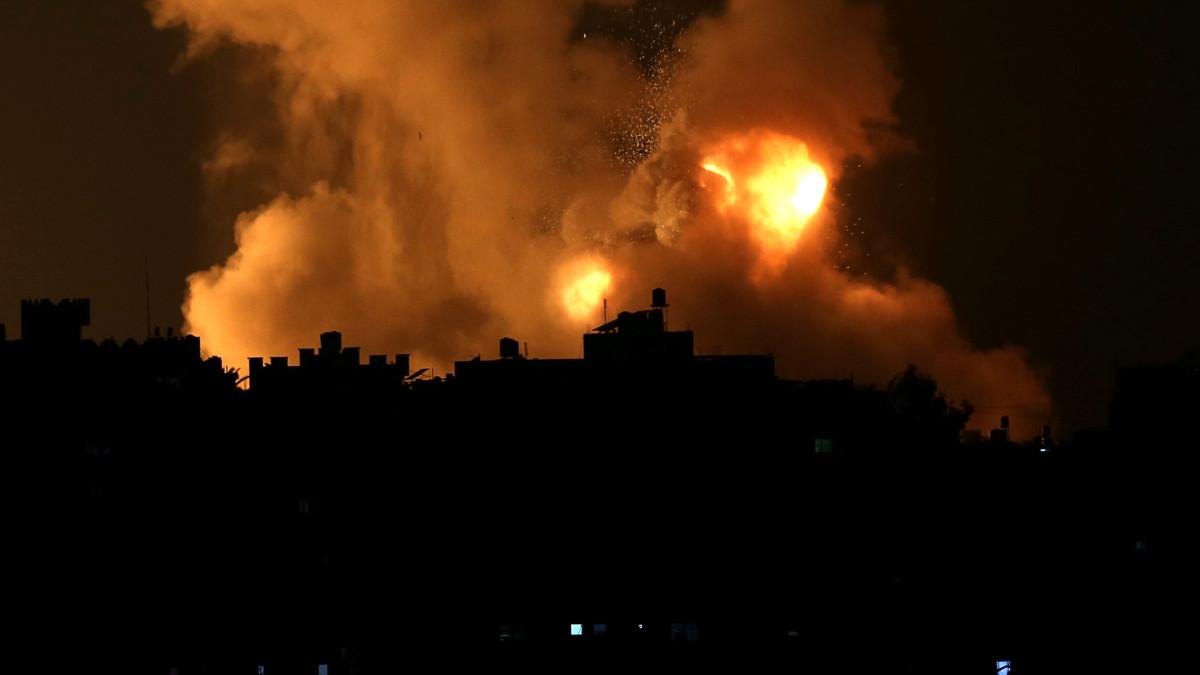 Movimiento palestino Yihad Islámica anuncia muerte de dos de sus líderes en bombardeos israelíes