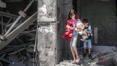 Nadine Abdel-Taif, la niña de 10 años que conmueve al mundo tras bombardeos en Gaza