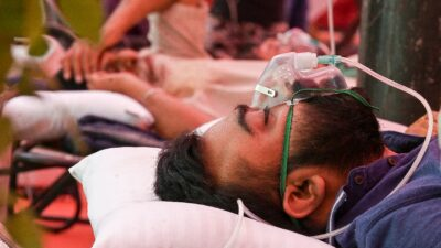 En India, variante de COVID contribuye a expansión de la pandemia