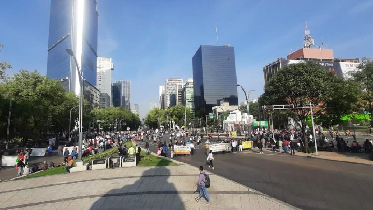 Insurgentes y Reforma: Manifestantes retiran bloqueo y marchan en CDMX