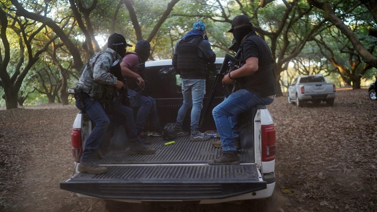 En Michoacán se desata violencia; civiles se enfrenta con Guardia Nacional