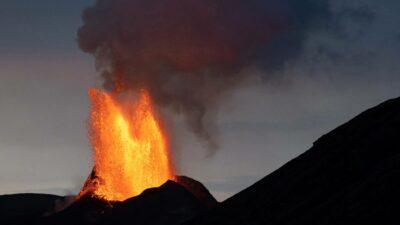 Volcán Fagradalsfjall Islandia