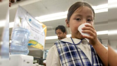 Hidratación bebés niños