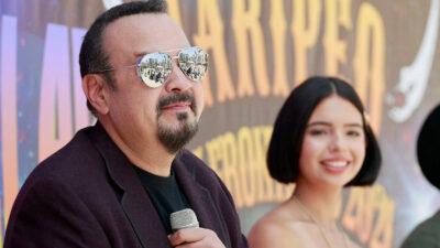 Pepe Aguilar reconoce que su hija Ángela la regó al entonar el Himno