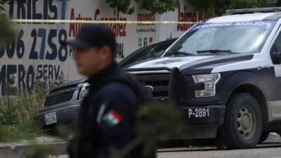 """""""Pancho, ¡Ya cálmate!"""": desarma a policías y les propina paliza"""