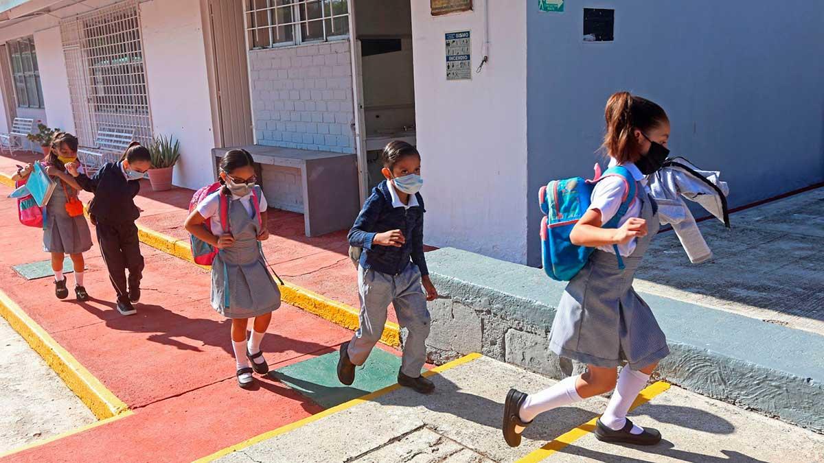 En el regreso a clases habrá apoyo social emocional para docentes y estudiantes. Foto: Cuartoscuro
