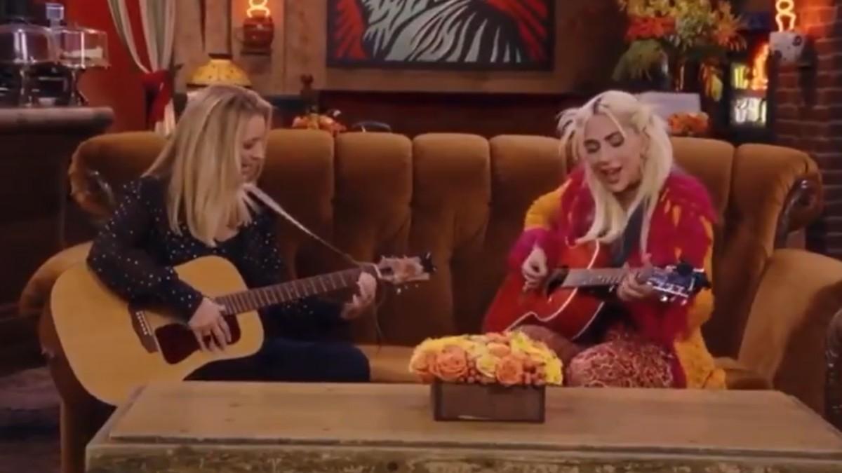 Reunion De Friends Lady Gaga Smelly Cat