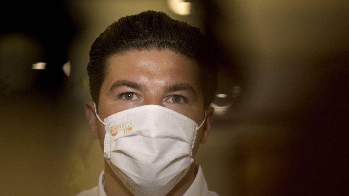 Samuel García, pide sacar a su familia de investigación de la FGR