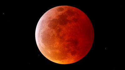Eclipse total de Luna de Sangre: así puedes verlo en línea y musicalizado