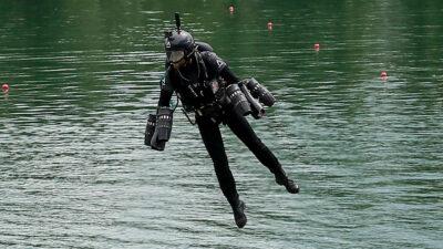 """Ejército británico prueba """"traje de Iron Man"""" para lograr operaciones militares"""