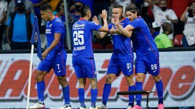 Cruz Azul remonta en el Azteca y se mete a semifinales del Clausura 2021.