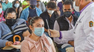 Vacunación de personas de 40 a 49 años contra COVID iniciará en julio