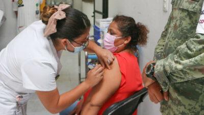 Vacunación a personas de 50 a 59 años: inicia próxima semana en estos estados