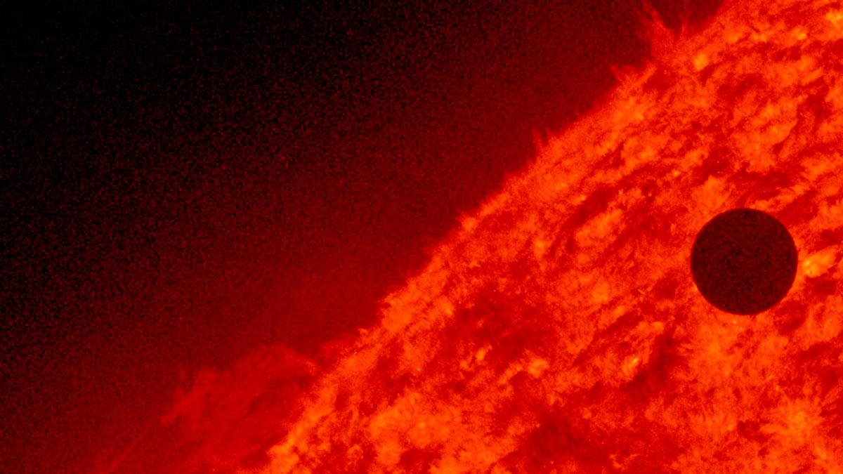 Descubren en Venus una señal de radio, así se escucha.