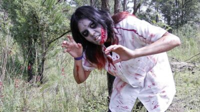 Mujer zombie