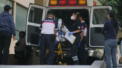 Hombre atropella a dos mujeres en calles de la CDMX