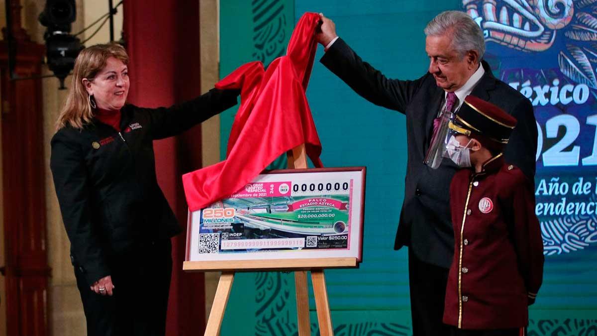 Palco en el estadio Azteca y casas, premios del sorteo del 15 de septiembre
