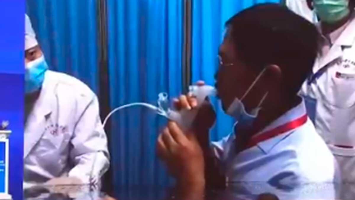 La vacuna inhalada sólo requiere de una quinta parte de la dosis. Foto: Pujiang Innovation Forum