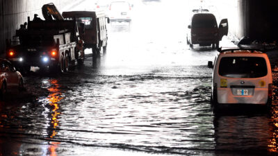 Lluvia afecta oriente de CDMX y Edomex; metro Línea A, con servicio provisional