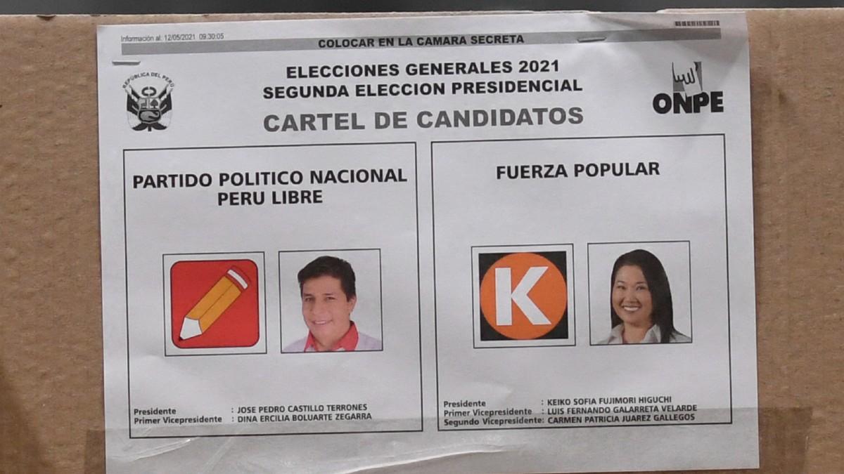 Perú también abre centros de votación para elegir presidente