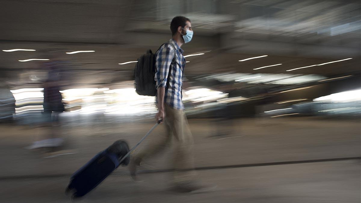 Turistas mexicanos con esquema COVID-19 completo pueden viajar a España