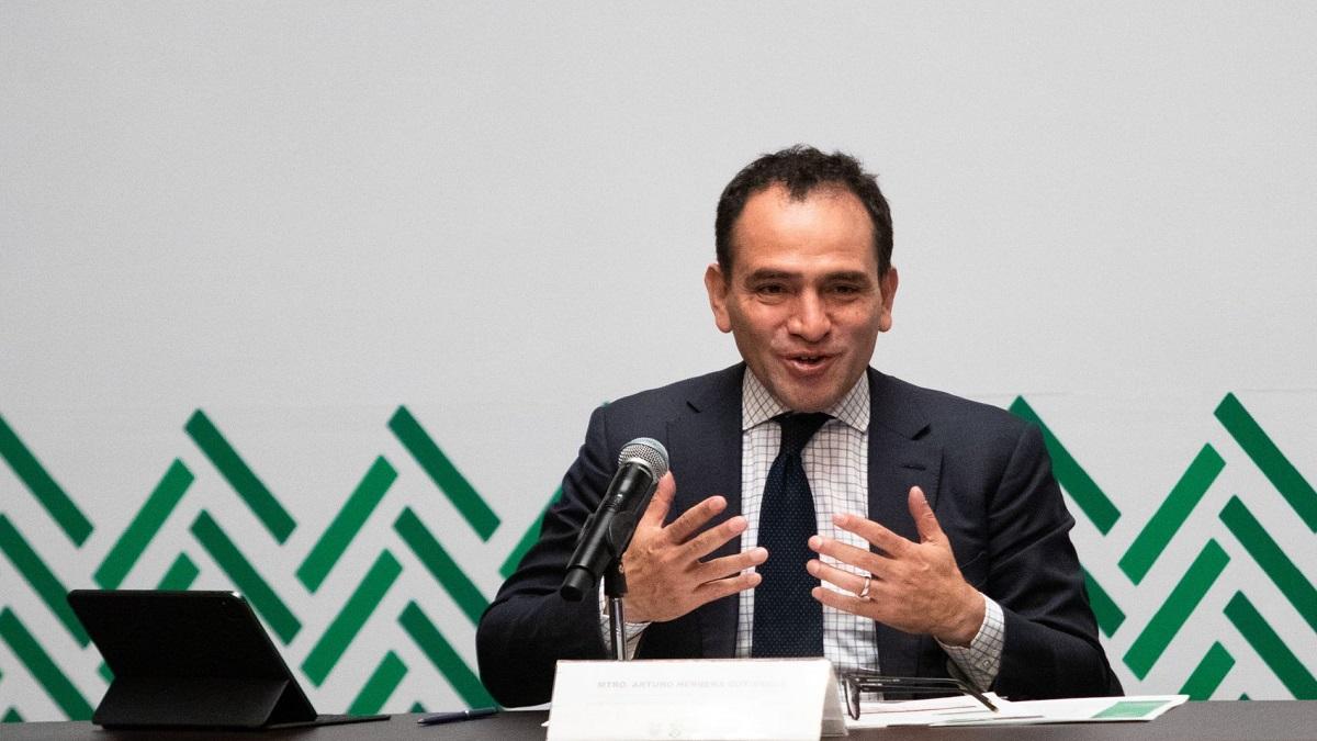 Arturo Herrera dejará Hacienda en el mes de julio