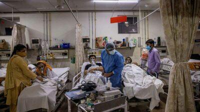 6 mil 148 personas fallecieron en las últimas 24 horas, confirmó el ministerio indio de Salud. Foto: Reuters