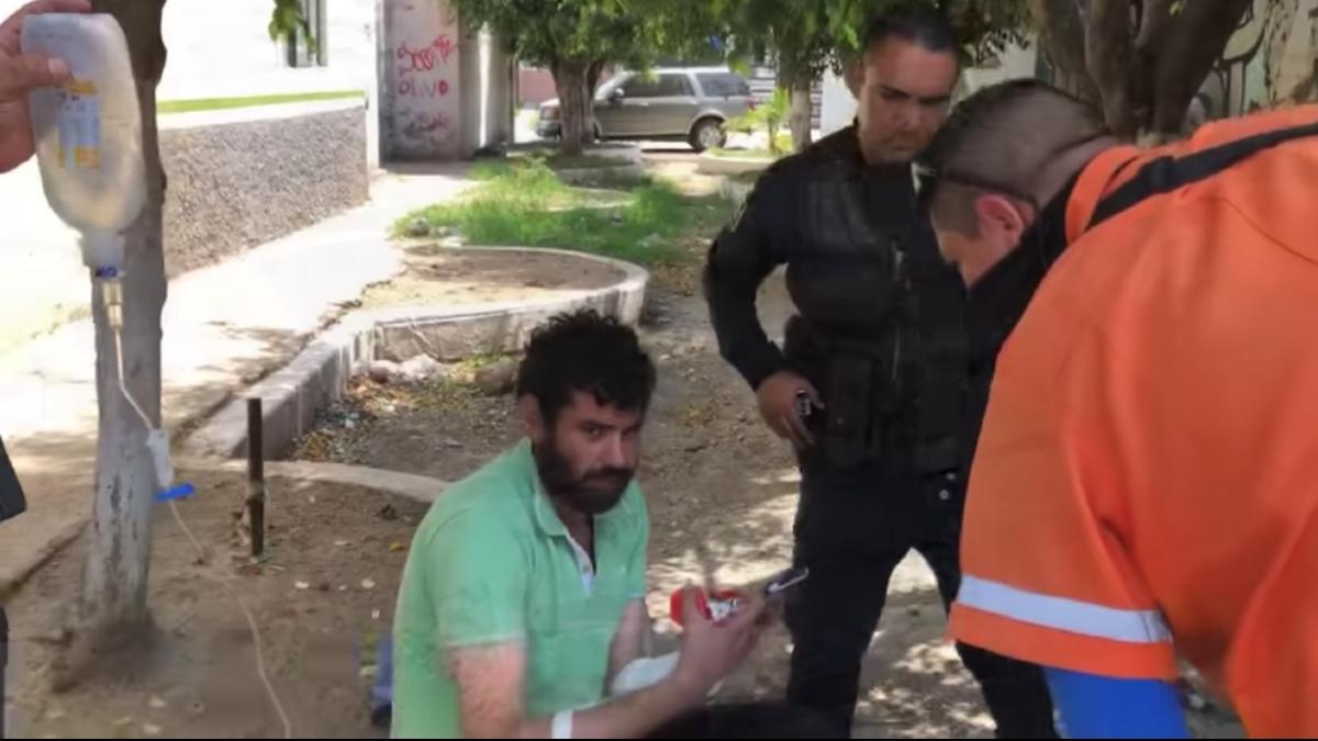 Jalisco: Rescatan a hombre que pasó 3 días en alcantarilla en Tonalá