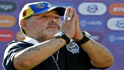 """Maradona: avanzan indagatorias sobre la muerte del """"10"""""""