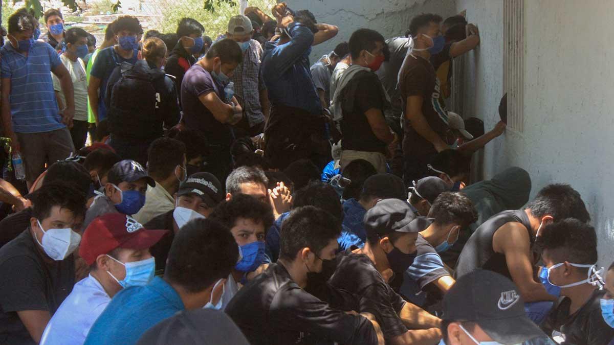 En Chihuahua localizan a más de 200 migrantes; querían cruzar a EU