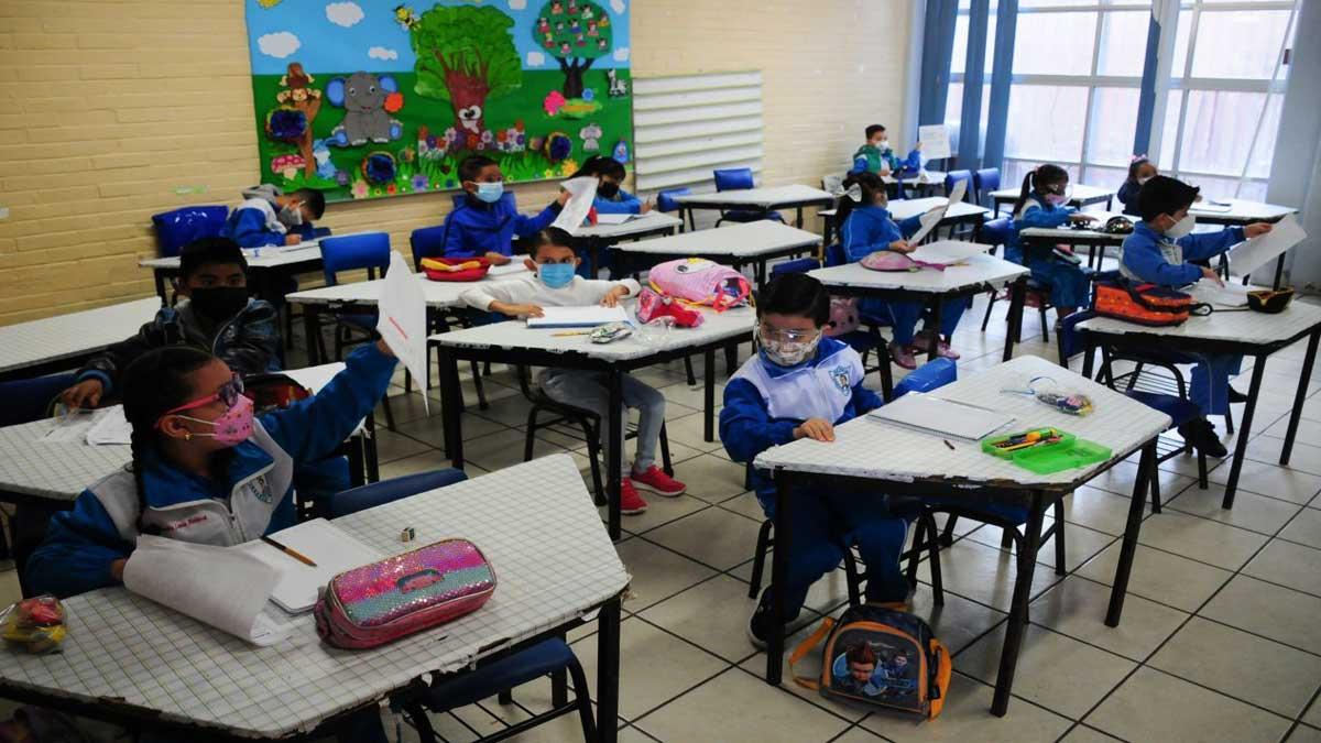Morelos: niño da positivo a COVID-19 en clases presenciales