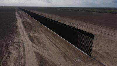 Biden destinará fondos del muro fronterizo a militares y a limpieza de obras