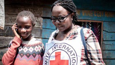 Unos mil 300 niños han sido separados de sus familias desde la erupción del volcán Nyiragongo. Foto: AFP