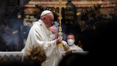 Papa Francisco lamenta que Birmania sufra por golpe de estado militar