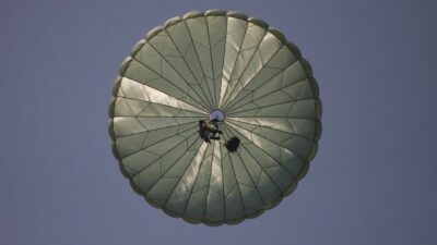 Paracaidista Partido Arbitro