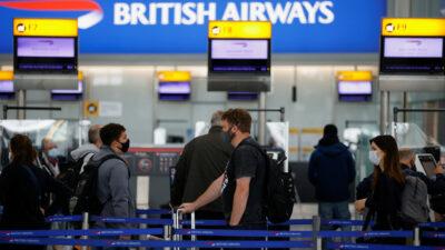 Aerolíneas no prohíben viajar a personas vacunadas contra COVID-19 por riesgo de coágulos