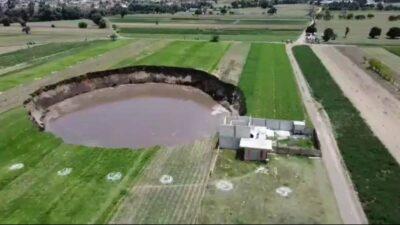 Socavón en Puebla: aumenta de tamaño por lluvias