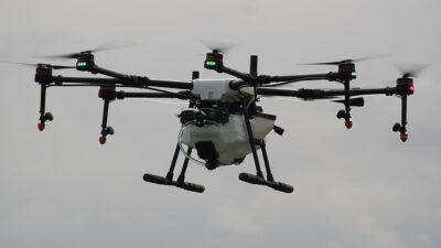 dron recarga combustible