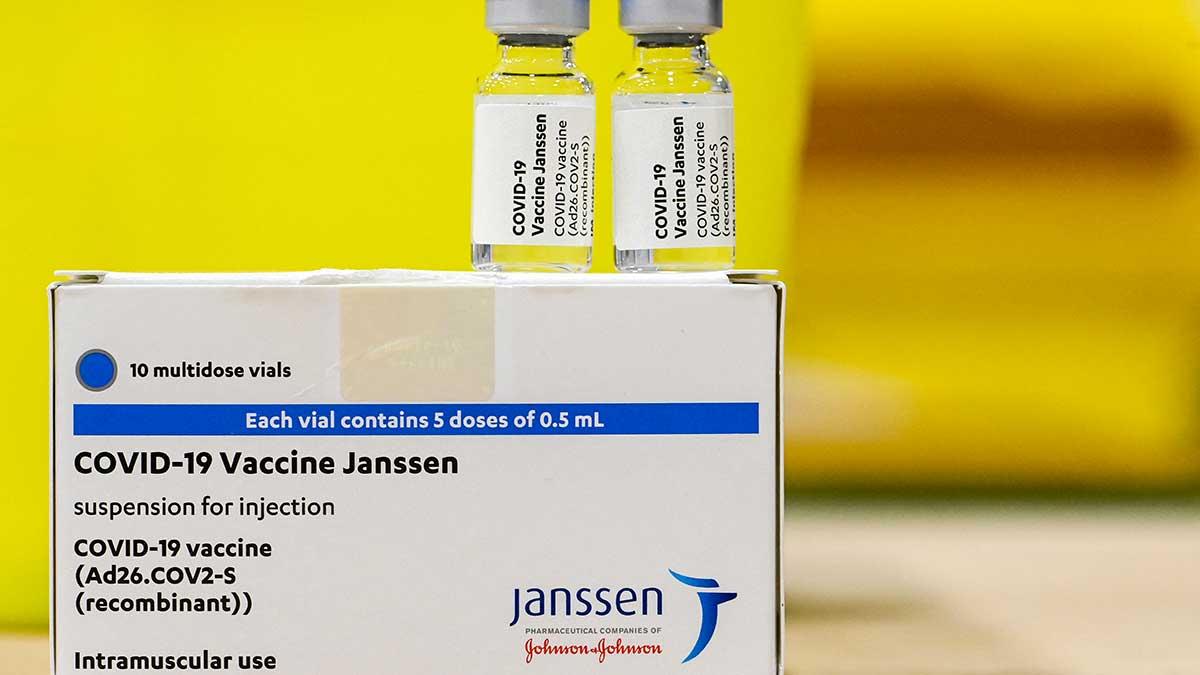 Con la dosis Johnson & Johnson se vacunará a la población de entre 18 y 40 años. Foto: AFP