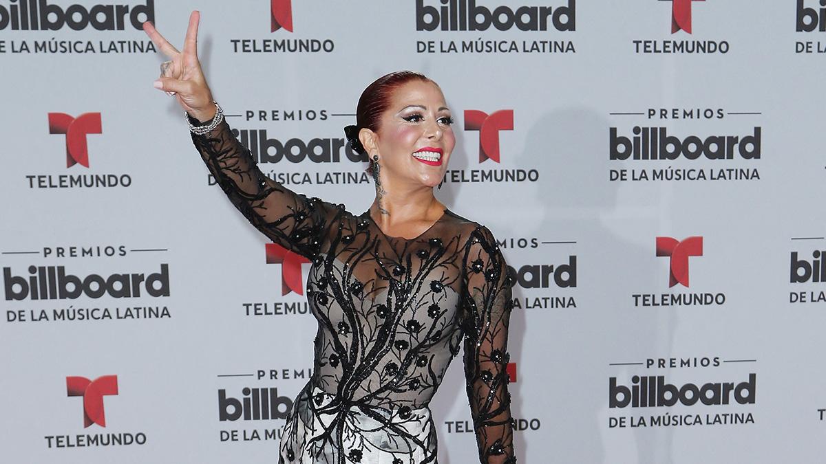 Alejandra Guzmán presume foto con Silvia Pinal y Michelle Salas reacciona