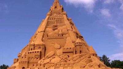 Construyen en Dinamarca el castillo de arena más alto del mundo