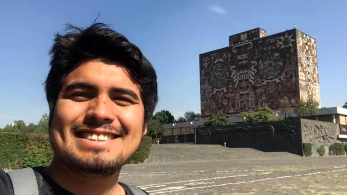 Guerrero: Universitario lleva ciencia a la montaña a bordo de combi
