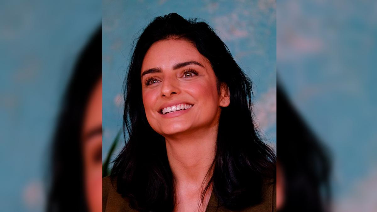 Aislinn Derbez conmueve con felicitación a su hermana, hija de Alberto Aguilera