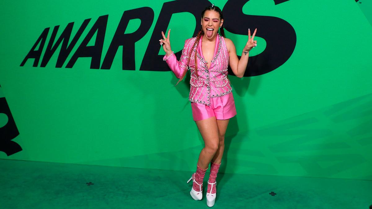 Danna Paola impactó con increíble bikini en redes