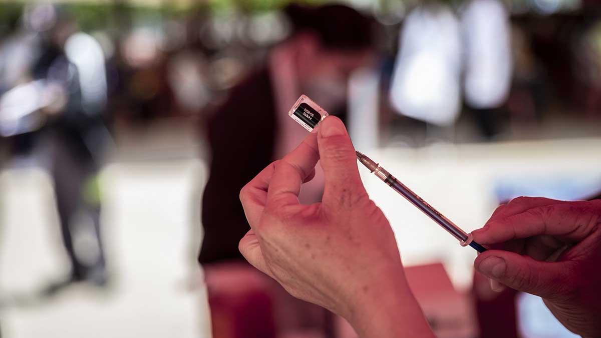 Del Mazo: Inicia vacunación a mayores de 30 años en Edomex