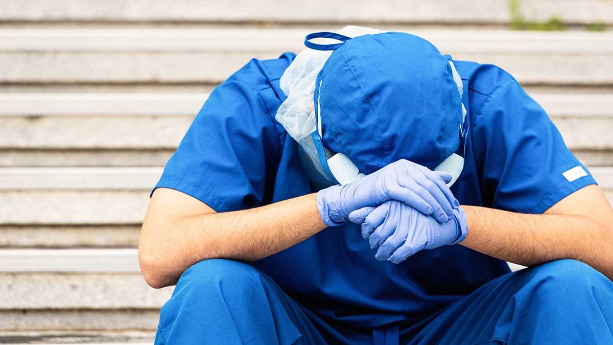 Enfermero es apuñalado por un hombre y pierde el ojo en metro de España